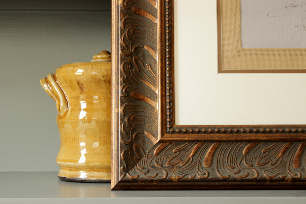 picture frame gold jug